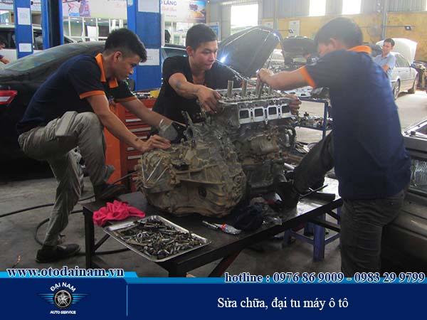 Sửa chữa Máy, Gầm, Điện - Đại Nam đang sửa chữa, đại tu máy ô tô