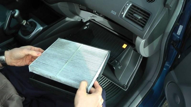 Bảo dưỡng ô tô - Kiểm tra lọc gió điều hòa