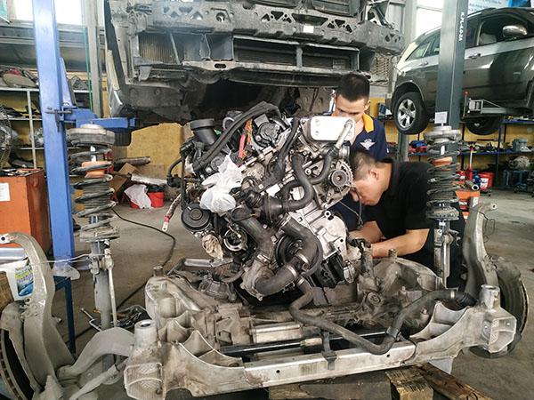 Bảo dưỡng xe BMW - Phần gầm chi phí cao?