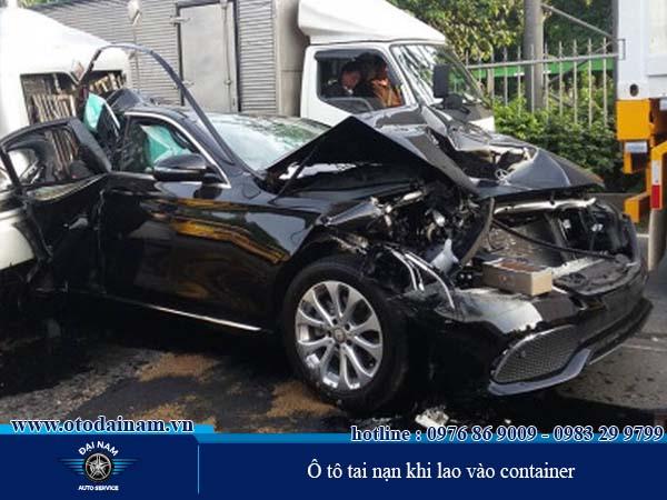 Nên chọn Đại Nam là nơi phục hồi ô tô tai nạn uy tín