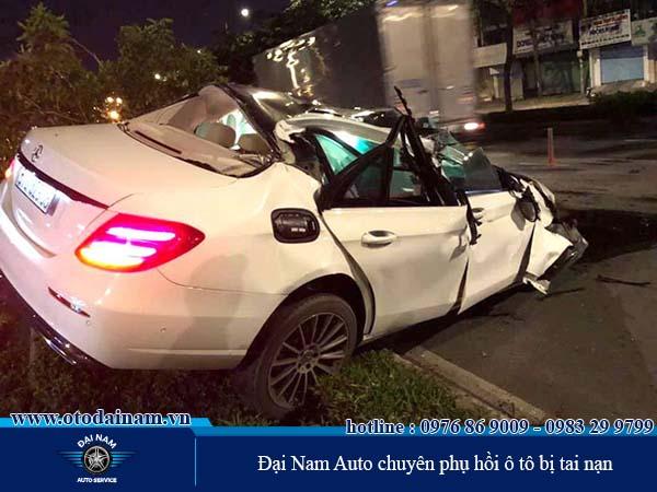 Sửa chữa, phục hồi ô tô bị tai nạn giao thông
