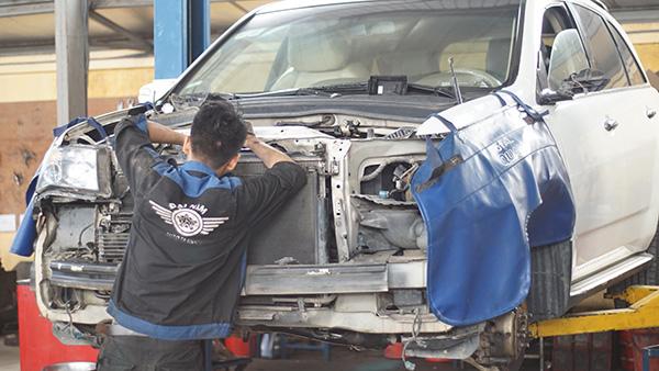Sửa chữa và bảo dưỡng xe Mercedes GLK uy tín