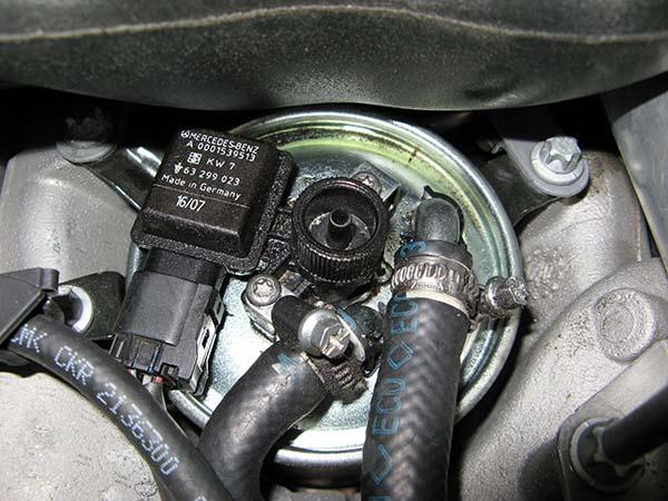 Lọc nhiên liệu Mercedes Benz C180