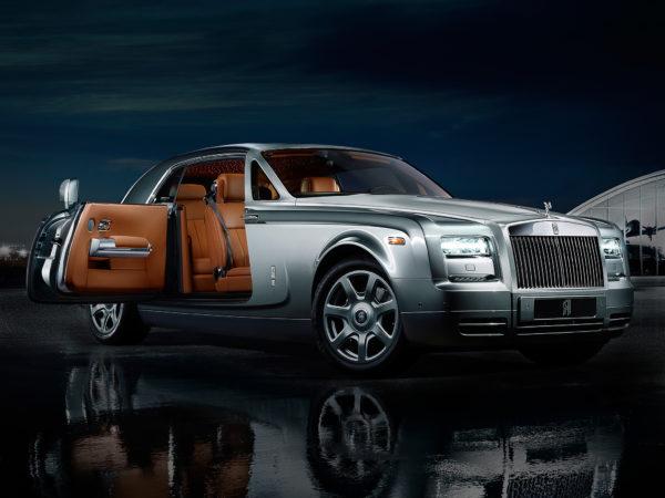 SUV siêu sang - Rolls Royce Cullinan