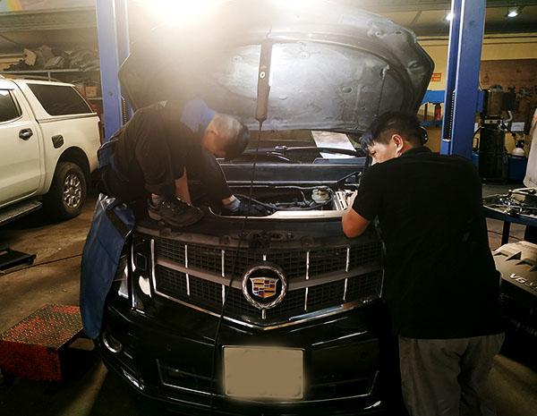Xử lý phần động cơ Cadillac