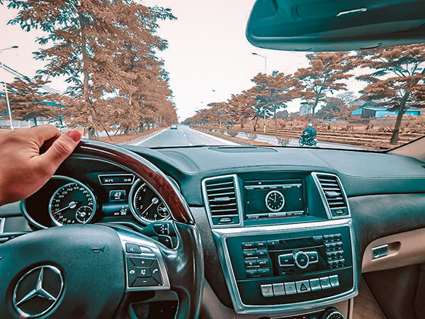 Lái xe thấy tiếng kêu bất thường