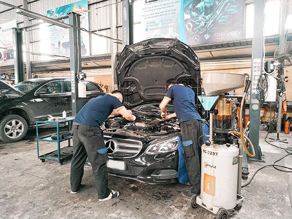 Bảo dưỡng xe Mercedes tại Cầu Giấy tìm Đại Nam