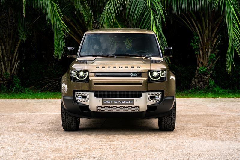 Chỉ từ 3.9 tỷ đồng sẽ có ngay Land Rover Defender 90