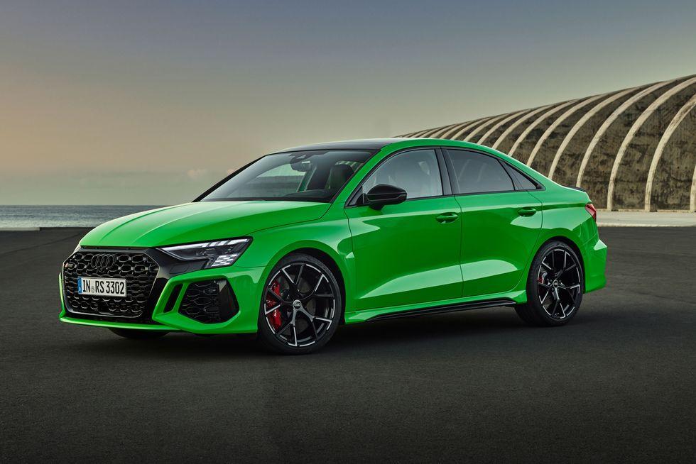 Audi lộ diện Audi RS3 2022 với công suất lên tới 401HP